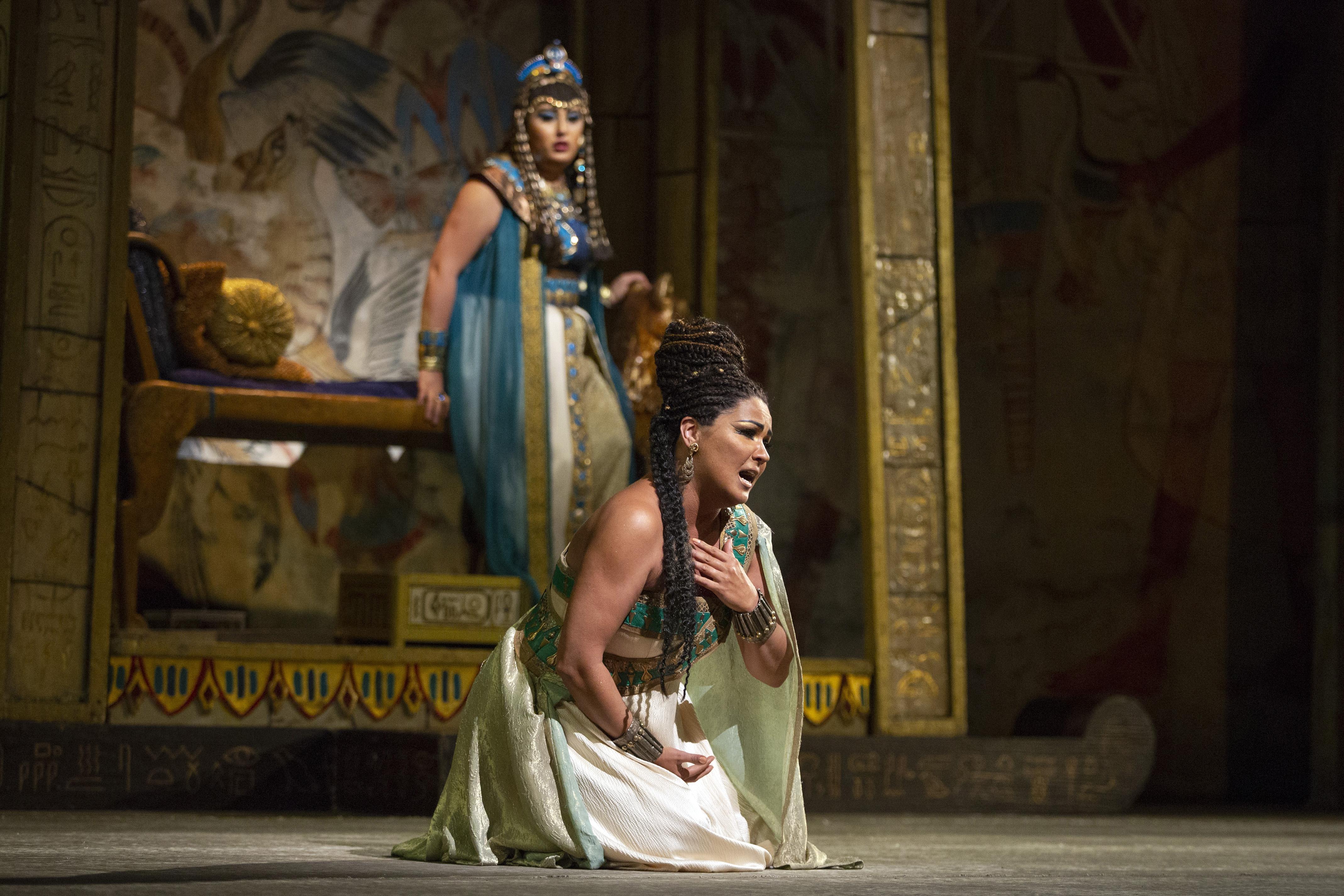 Aida ('18-19 Season)
